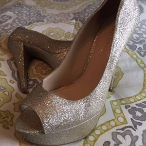 Shoes - Gold Glitter Heels